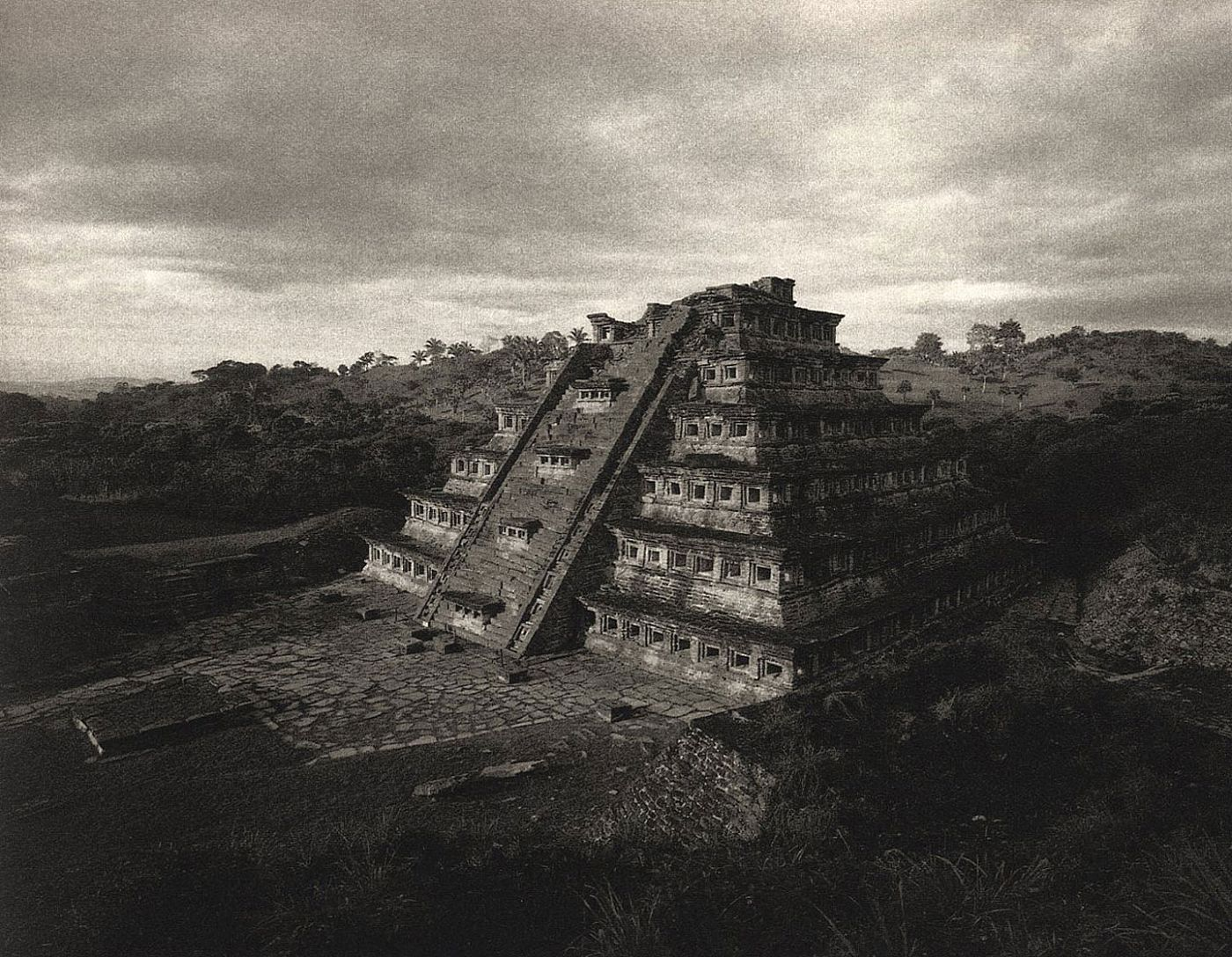 Kenro Izu: Sacred Places, Limited Edition (with Platinum Print) [SIGNED]