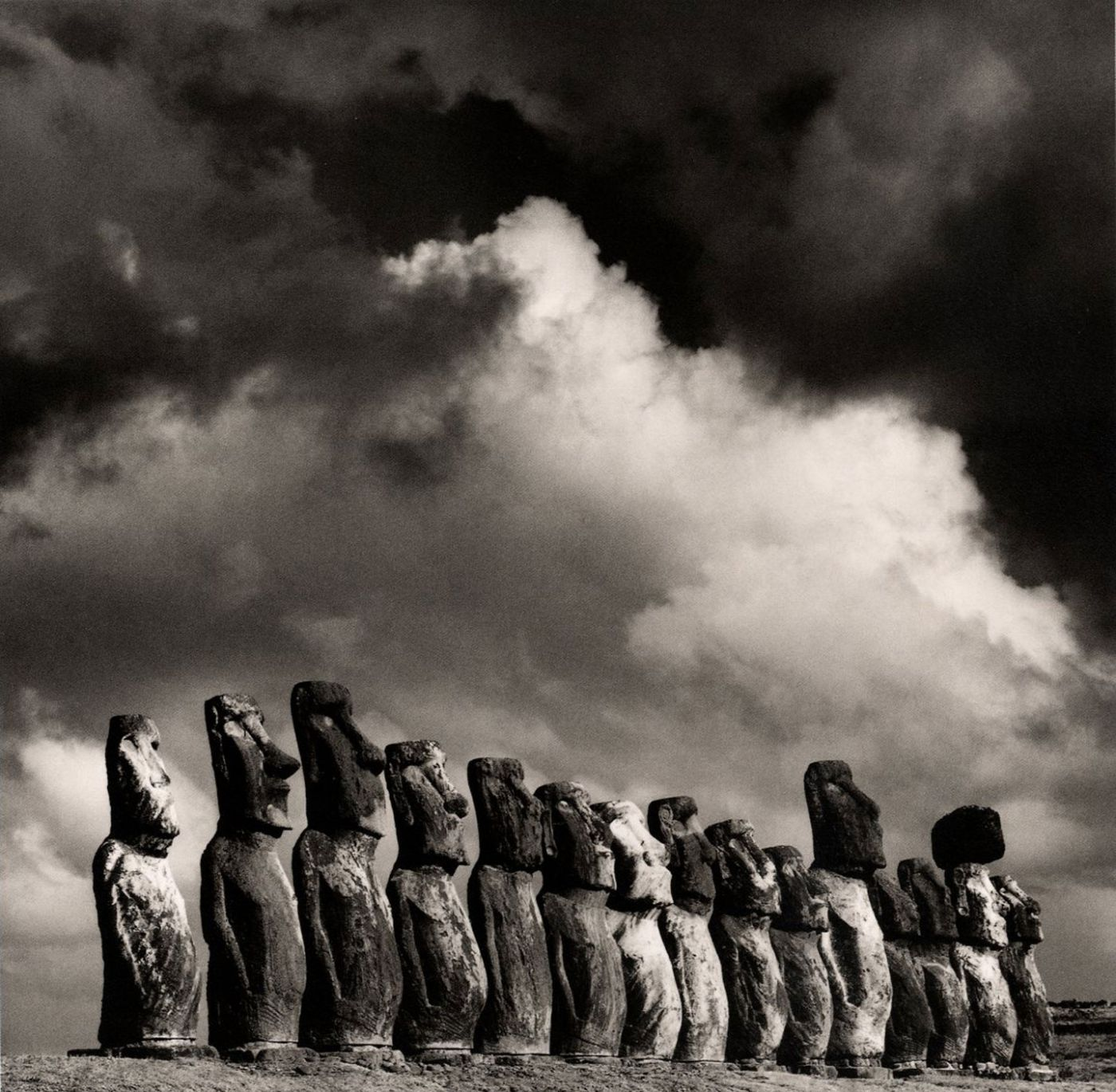 Michael Kenna: Easter Island, Slipcased Limited Edition [SIGNED]