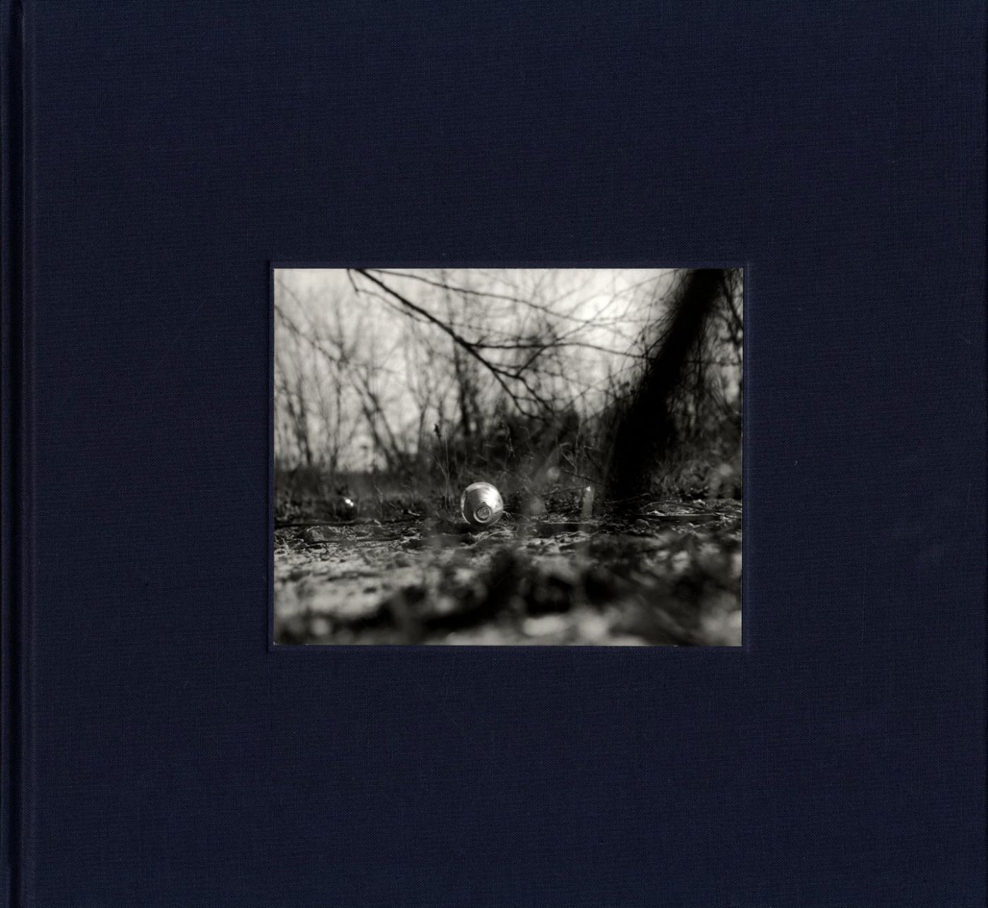 John Gossage: The Pond (Second Edition, Aperture Reissue), Limited Edition Box Set (with Loose and Tipped-In Gelatin Silver Prints)