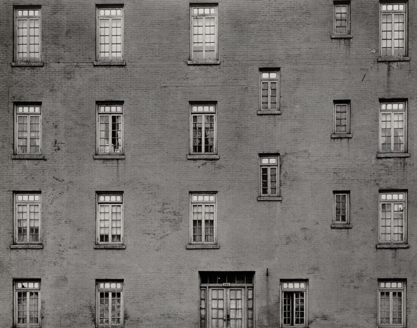 Harry Callahan: Photographs (El Mochuelo Gallery)