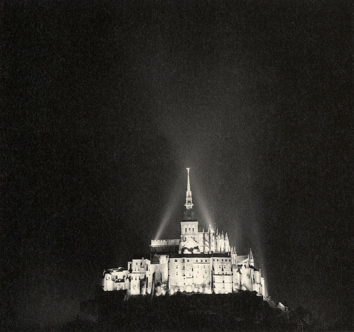 "Michael Kenna: Mont St Michel (First Printing) [SIGNED ""Seattle, Jan. 2012""]"