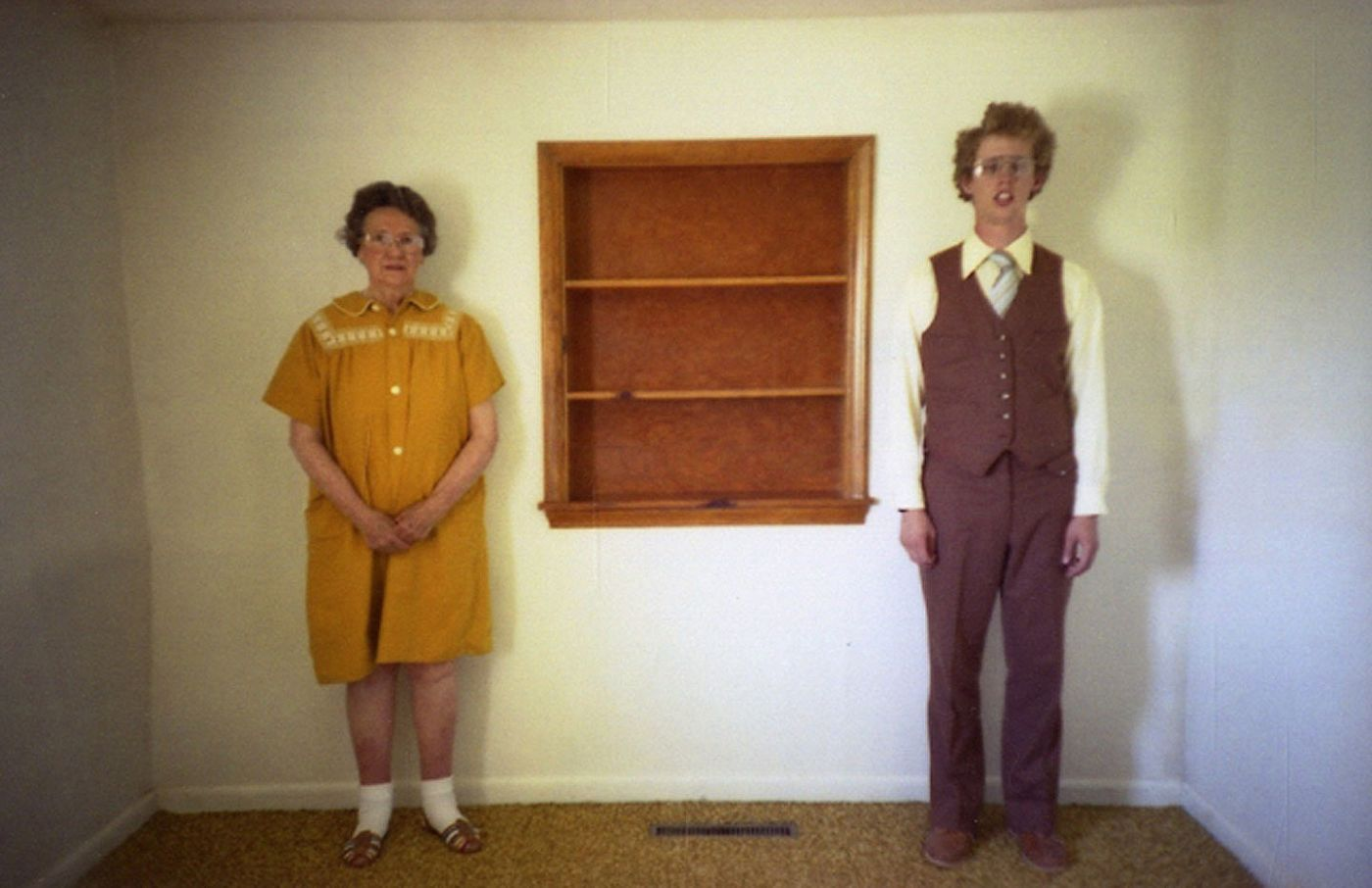 Aaron Ruell: Ten Years Too Late (One Picture Book #87), Limited Edition (with Print)