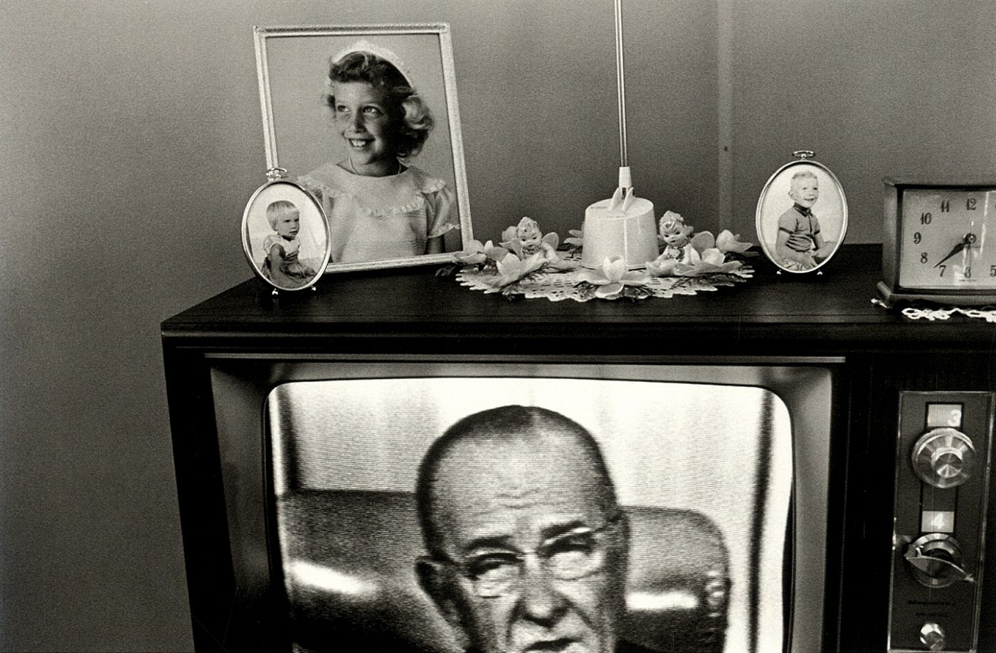 Lee Friedlander: The Little Screens [SIGNED]