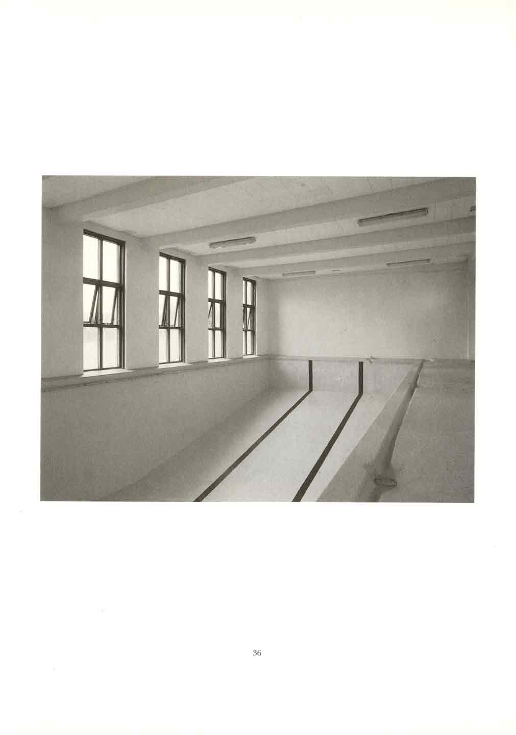 Roni Horn: Pooling Waters (Ísland: To Place 4: Two Volume Set)