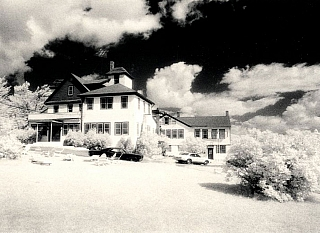 Michael Kenna: Heiden Hotel (One Picture Book #56), Limited Edition (with Print). Michael KENNA.